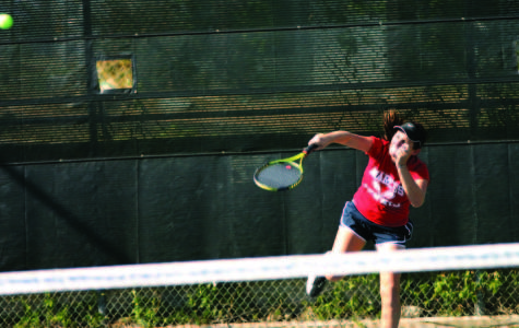 Tennis continues undefeated season