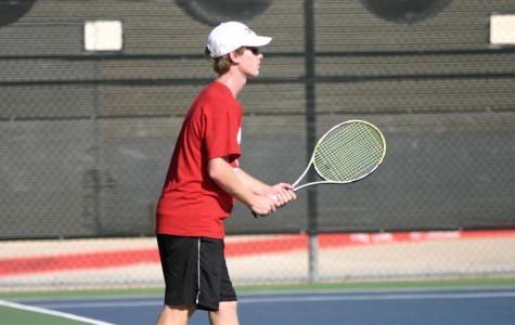 Tennis team goes to district finals