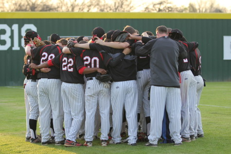 Boys Varsity Baseball Recap