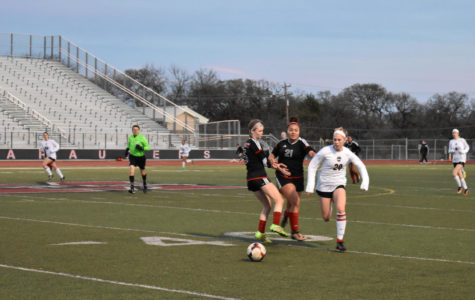 Girls varsity soccer trounces Trinity 7-1