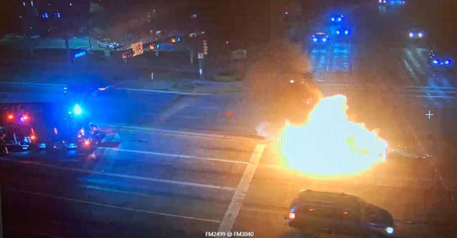A+vehicle+caught+on+fire+early+in+the+morning+on+Nov.+27+at+the+intersection+between+2499+and+3040.+