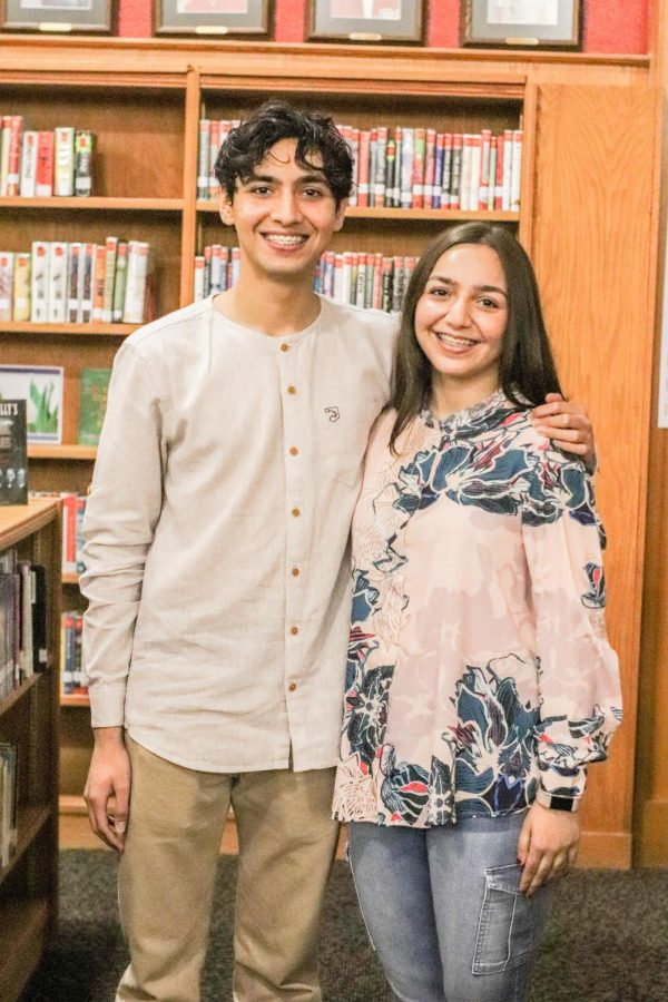 Seniors and twins Alsa Khan and Muhammad Jee moved to America from Pakistan the summer before sixth grade.